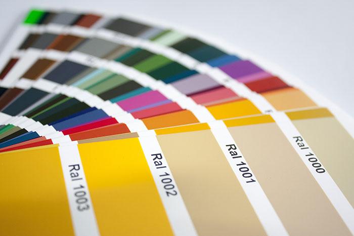 Materialien und Farben